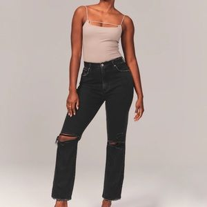 NWOT Abercrombie Curve Love Ultra High Rise jeans